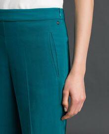 Pantalon cigarette en crêpe georgette Bleu Vert minéral Femme 192TP2386-04
