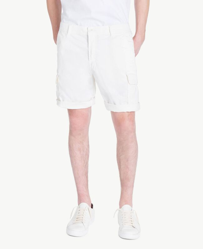 Cotton Bermuda shorts Matte White Man US823A-01