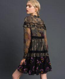 Robe avec imprimé camouflage et floral Imprimé Patch Fleur Camouflage Femme 192TT2122-03