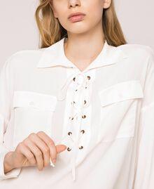 Рубашка из смесового шелка на декоративной шнуровке Белый Снег женщина 201TP2508-05