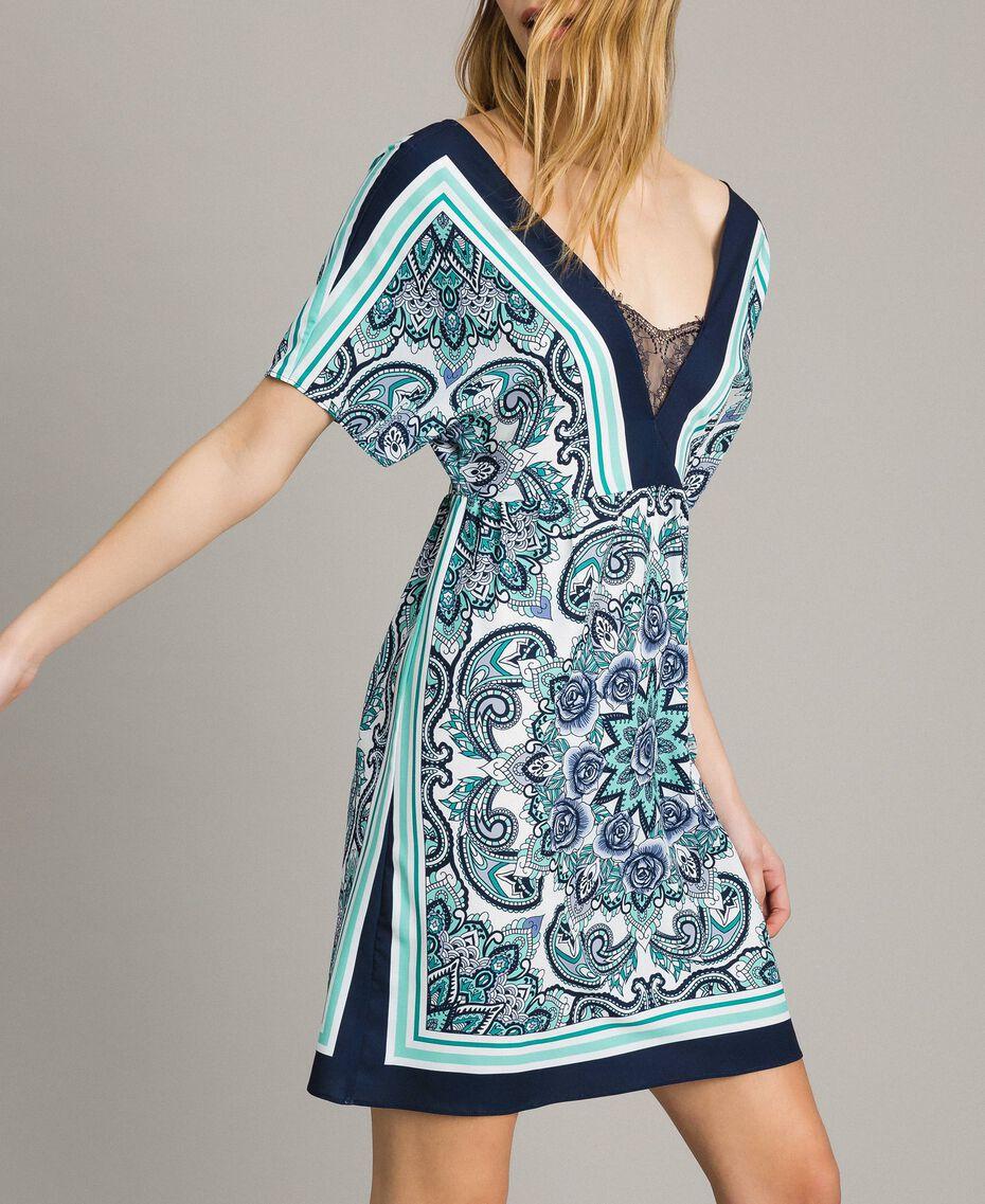 Robe en crêpe de Chine avec imprimé foulard Imprimé Foulard Dressing Bleu Nuit Femme 191MT2123-05
