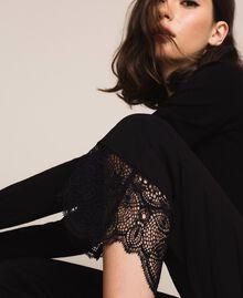 Pantalon avec dentelle Noir Femme 201TP2123-05