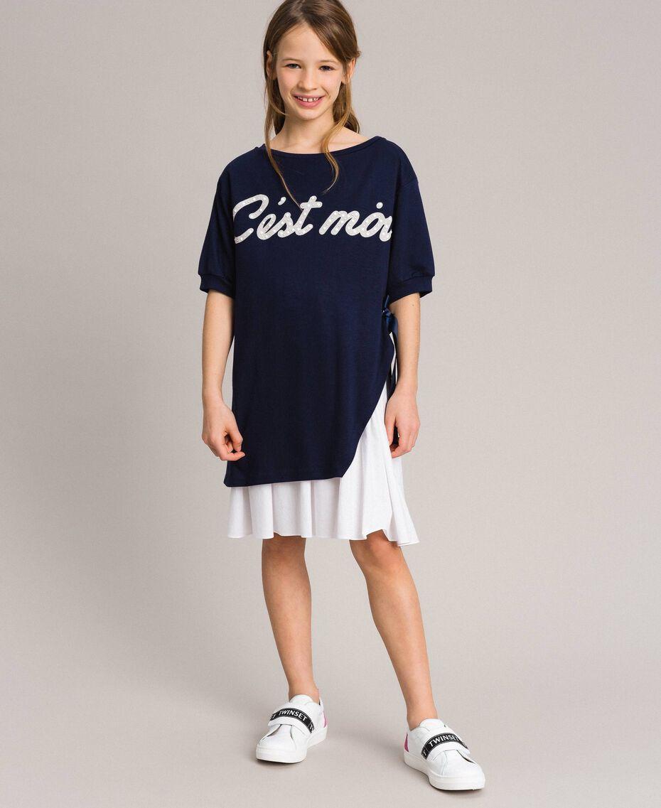 Kleid aus Milano-Strick mit Popeline-Volant Zweifarbig Indigo / Optisch Weiß Kind 191GJ2211-0S