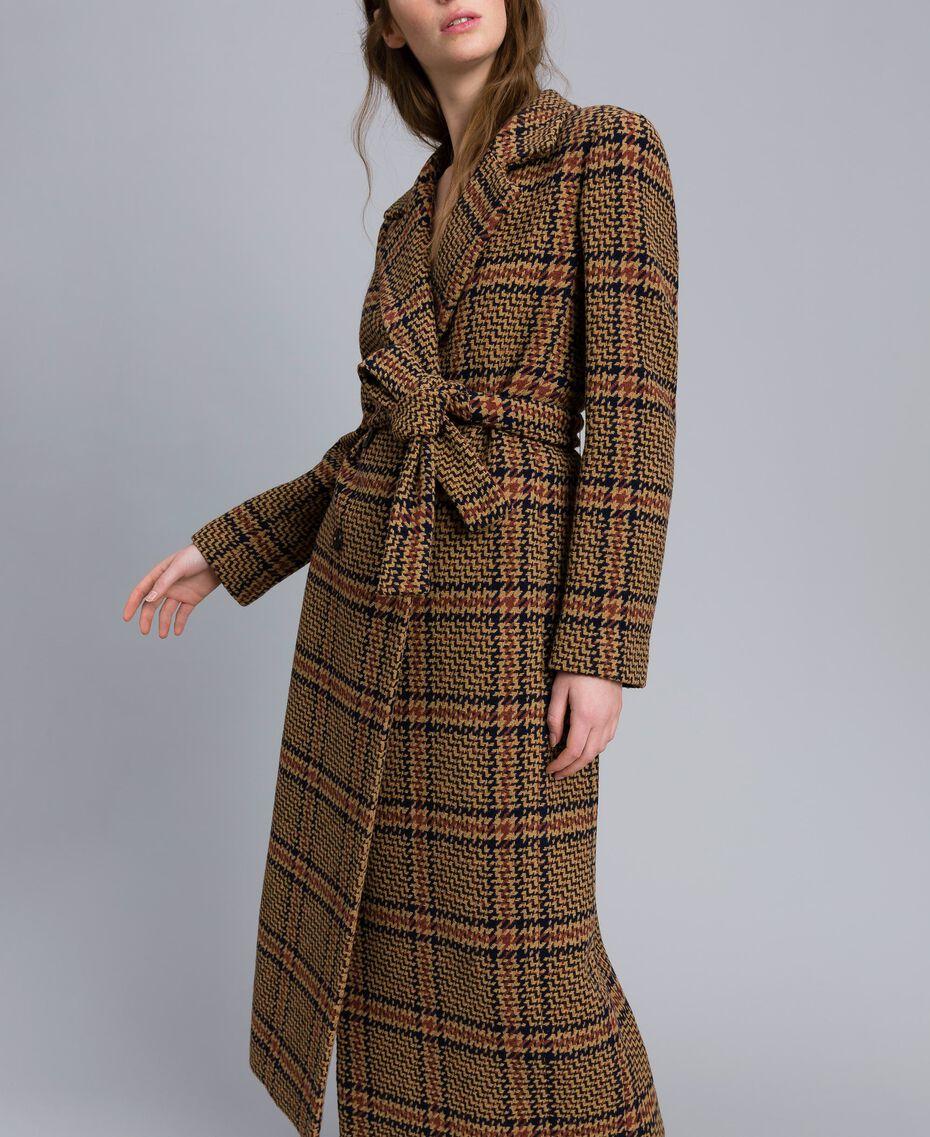 Manteau long en drap à carreaux Bicolore Carreaux Beige Cookie/ Orange Brûlée Femme TA821G-02