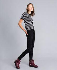 Jean skinny en denim noir avec strass Denim Noir Femme JA82R2-01
