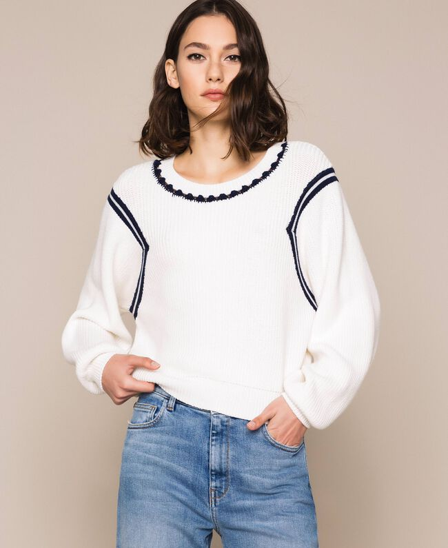 "Boxy jumper with crochet embroidery Two-tone Vanilla / ""Indigo"" Blue Woman 201MP3040-01"