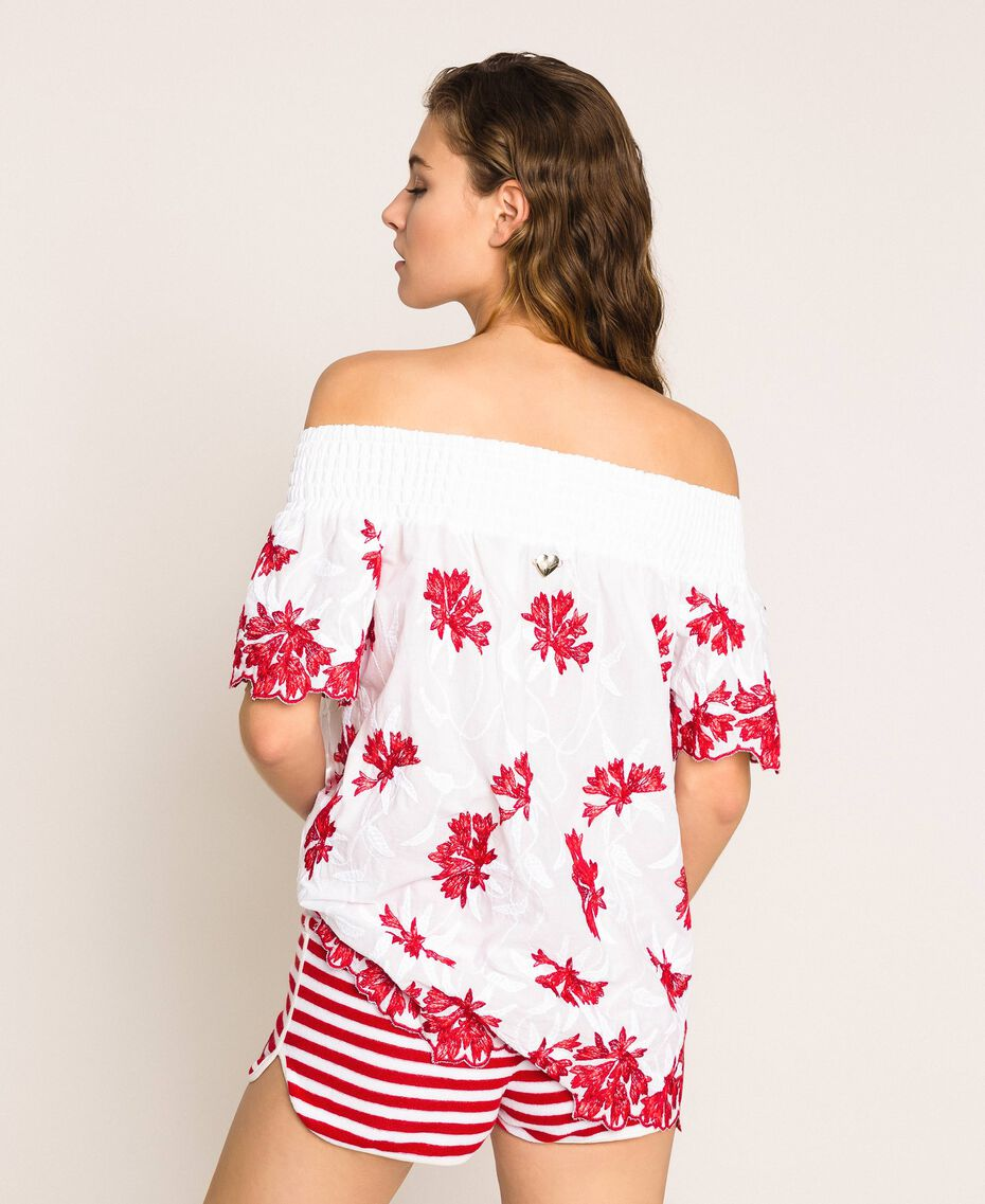 Blouse with contrasting embroidery Two-tone True Red / Optical White Woman 201LM2NAA-03