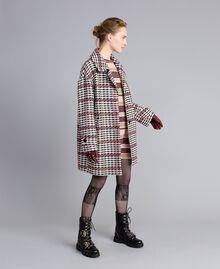 Minikleid aus Lurex mit Streifen Mehrfarbig Rosa / Bordeaux Frau PA832P-0T