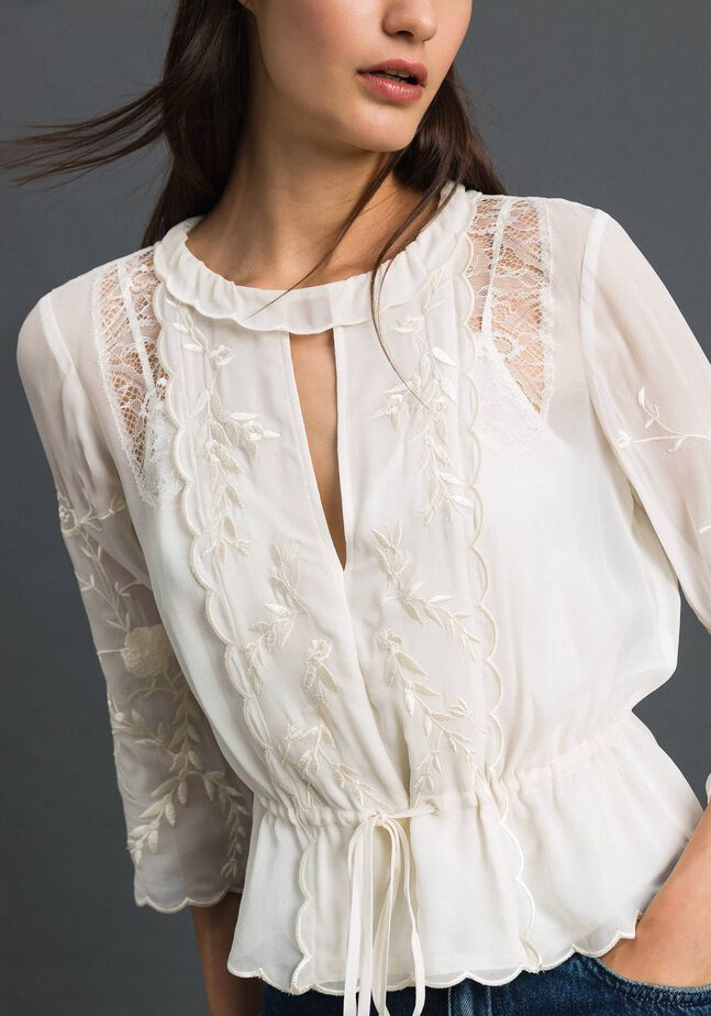 Georgette blouse with embroidery