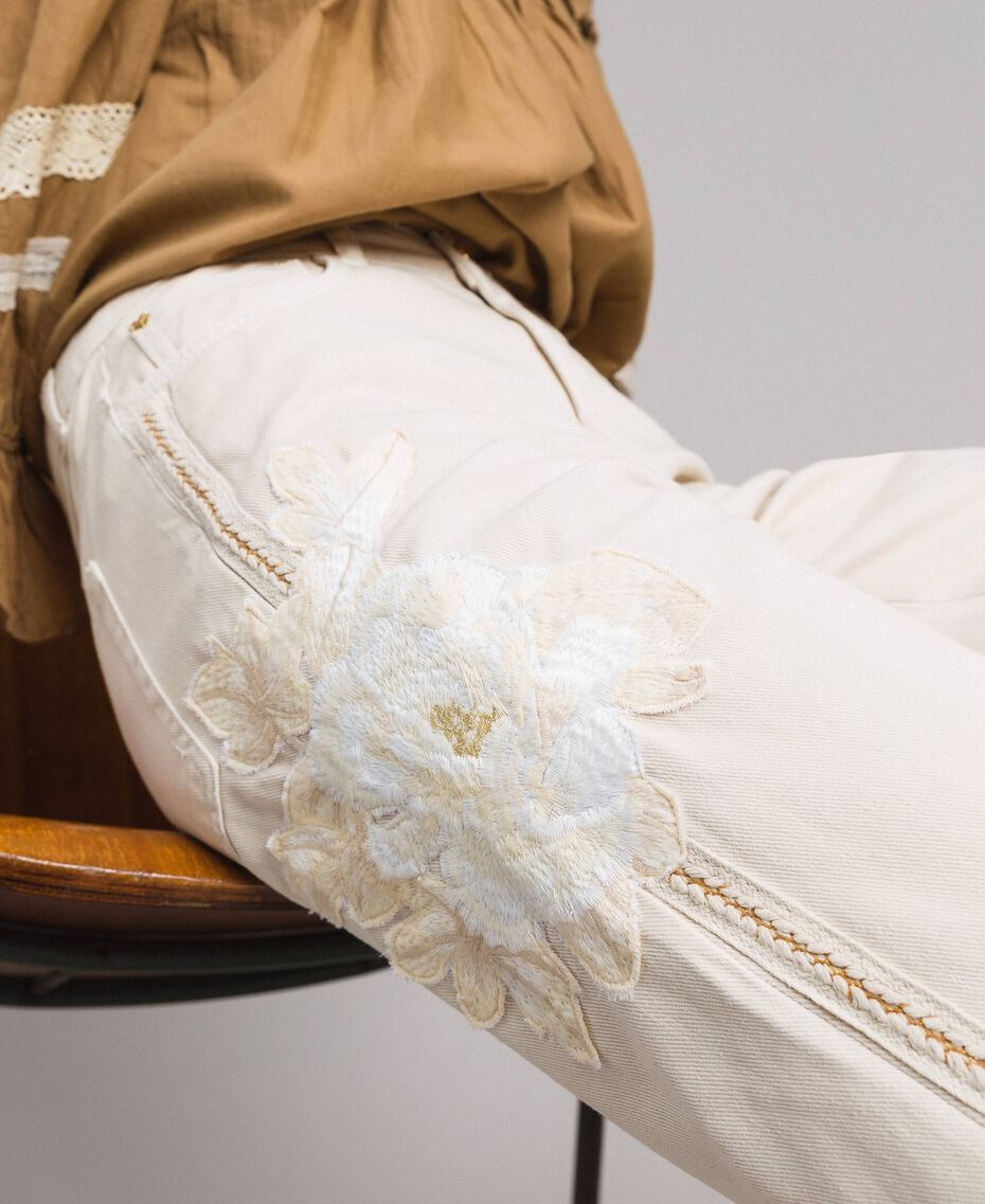 """Girlfriend trousers with embroideries """"Shell"""" Beige Woman 191MT2192-05"""