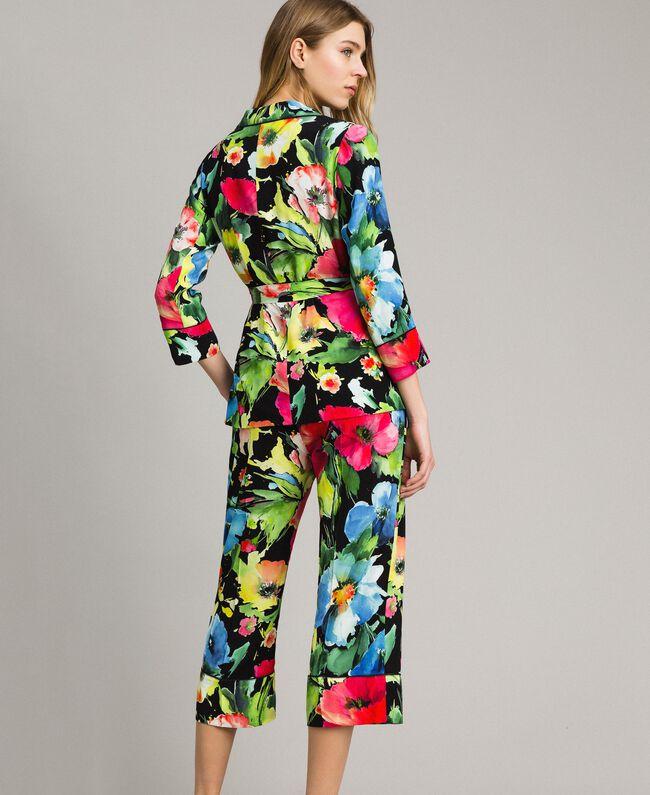Marocain-Jacke mit Blumenmuster Motiv Schwarzer Garten Frau 191TT2470-03