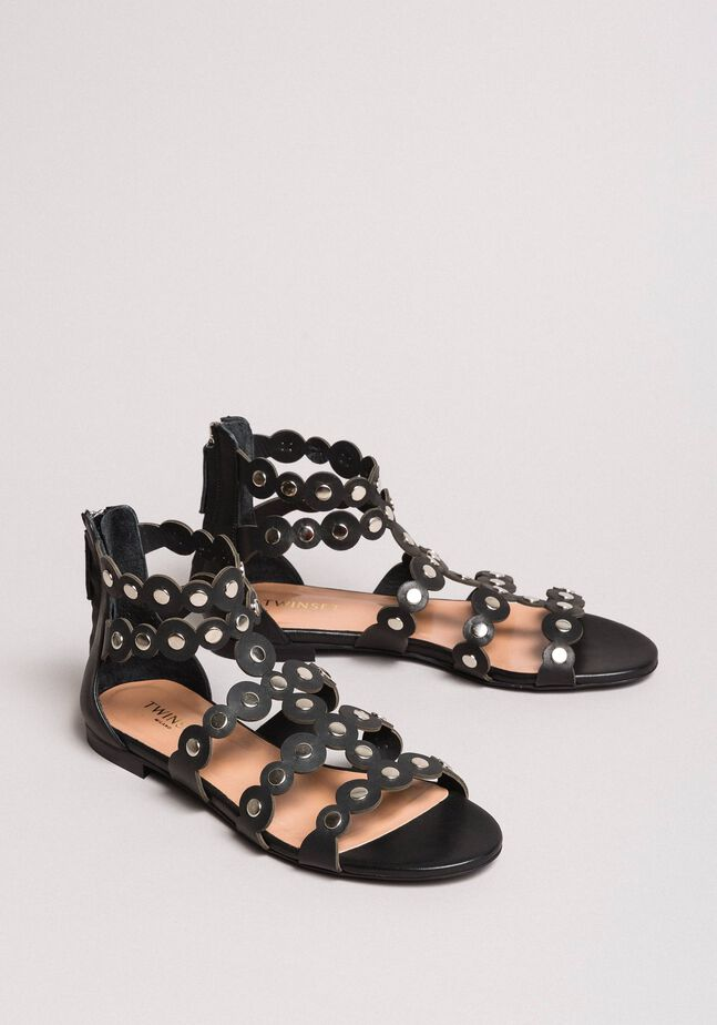 Leder-Sandalen mit Nieten