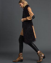 Gilet long en fausse fourrure et drap Noir / Beige «Séquoia» Femme 192ST2031-05