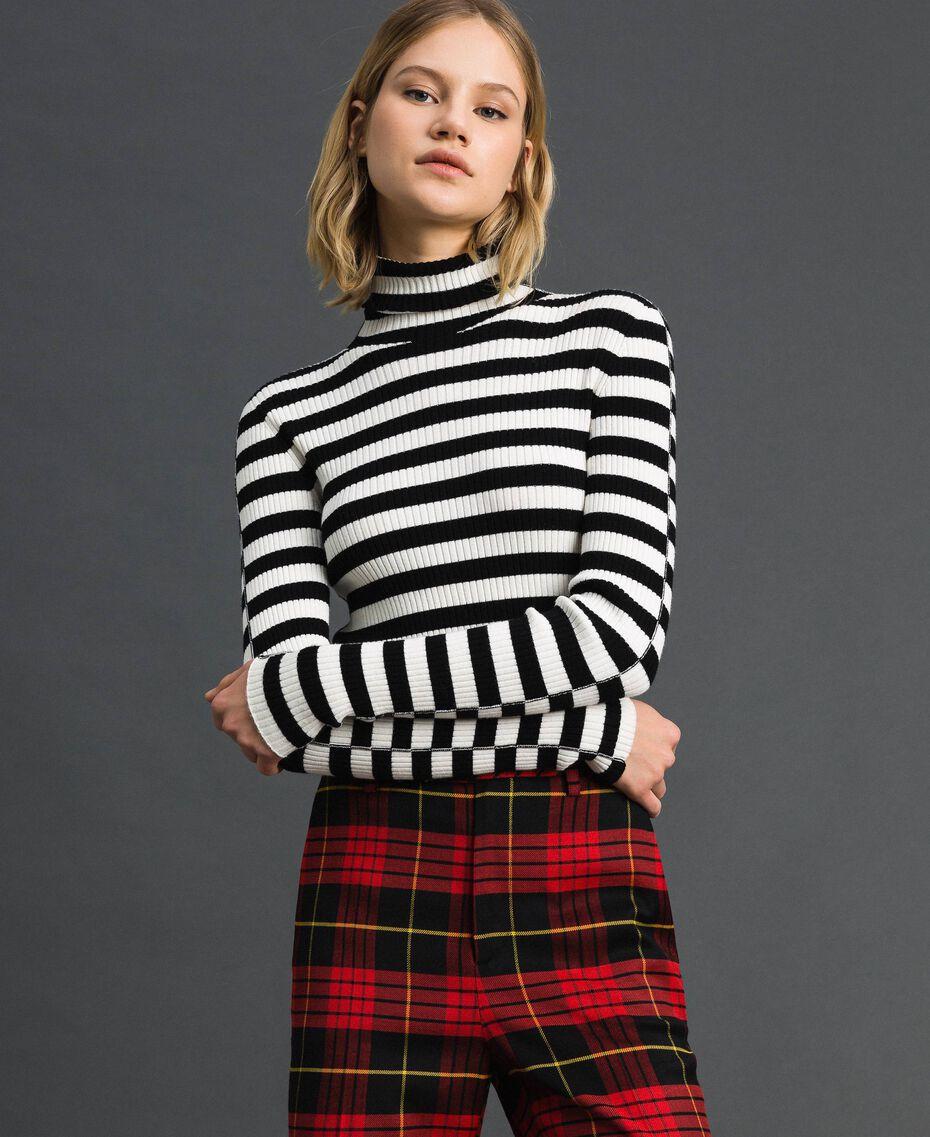 "Turtleneck jumper with two-tone stripes Black / ""Papyrus"" White Stripe Woman 192TP3090-02"