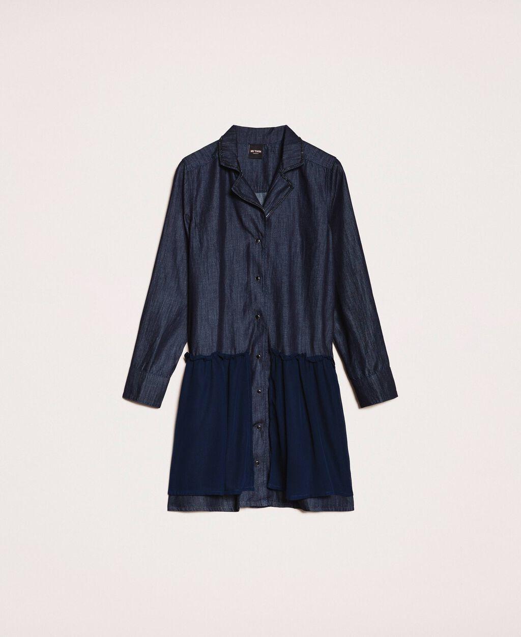 Джинсовое платье-рубашка со стразами