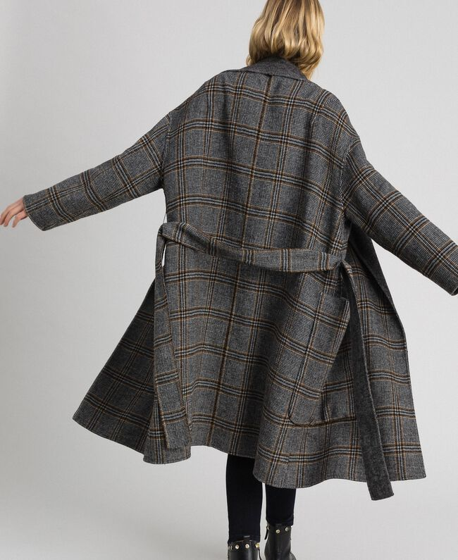 Patterned reversible coat Double Check Jacquard Woman 192TP2300-03