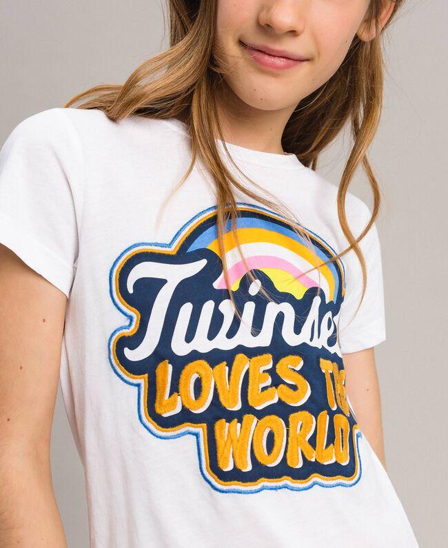 T-Shirt aus Baumwolle mit mehrfarbigem Aufdruck Weiß Kind 191GJ2320-04