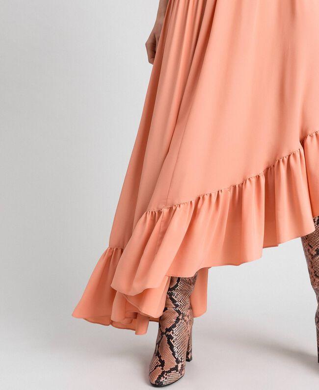 Robe asymétrique en crêpe de Chine de soie mélangée Rose Mousse Femme 192TP2384-04