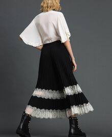 """Pantaloni a palazzo con pizzo Bicolor Nero / Bianco """"Neve"""" Donna 192TP2283-04"""
