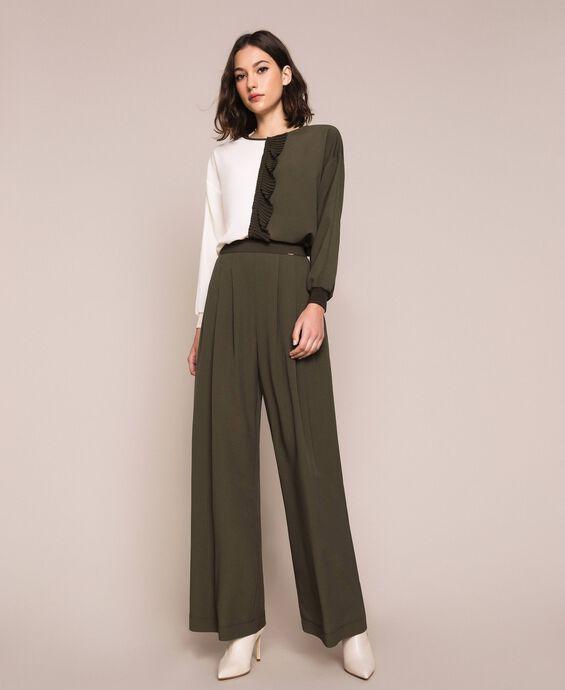 Pantaloni ampi in crêpe de Chine
