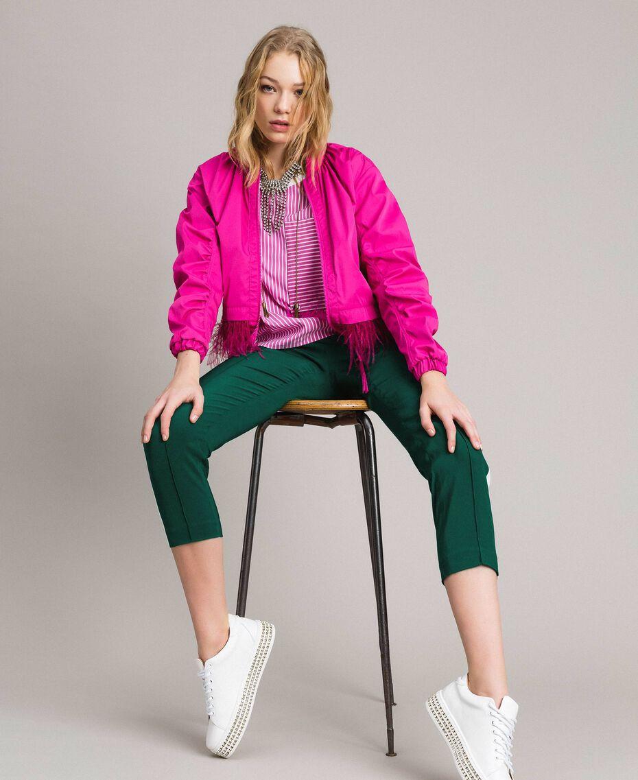 """Gestreifte Popeline-Bluse mit Federn Optisch Weiß / Streifen """"Electric Pink"""" Frau 191TP2311-0T"""
