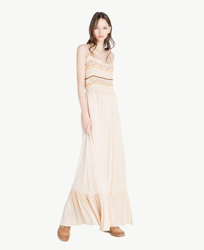 Langes Kleid mit Stickerei Seil Frau SS82HD-01