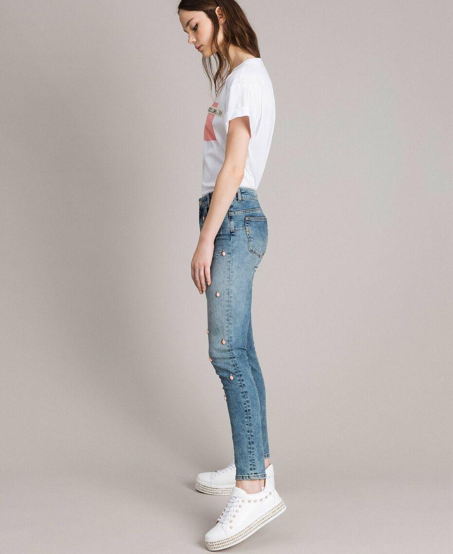 Skinny Jeans mit Lünetten und Strasssteinen Denimblau Frau 191MP2481-02