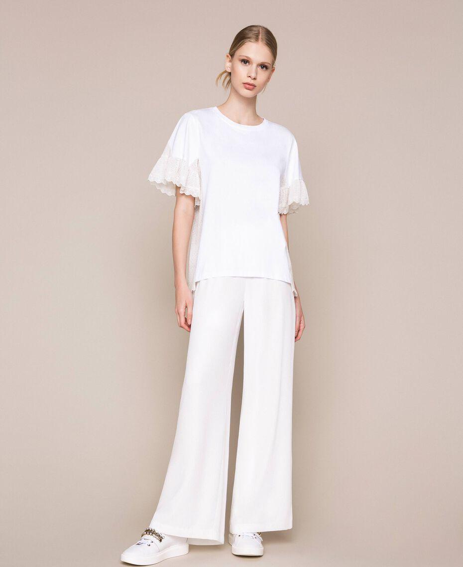 T-shirt incrusté de broderie anglaise Blanc Femme 201TP2480-02