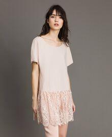 Maxi-T-Shirt mit Spitze Blütenknospenrosa Frau 191TP260G-02