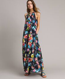 Maxikleid mit Blumenprint und Neckholder All Over Black Multicolour Flowers Motiv Frau 191MT2294-01