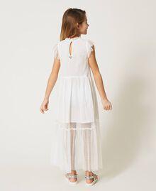 Kleid aus Tüll und Musselin mit Stickerei Mattweiß Kind 211GJ2Q3B-03