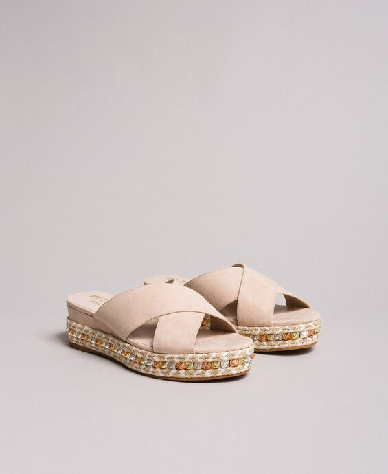 Wildleder-Sandalen mit Nieten