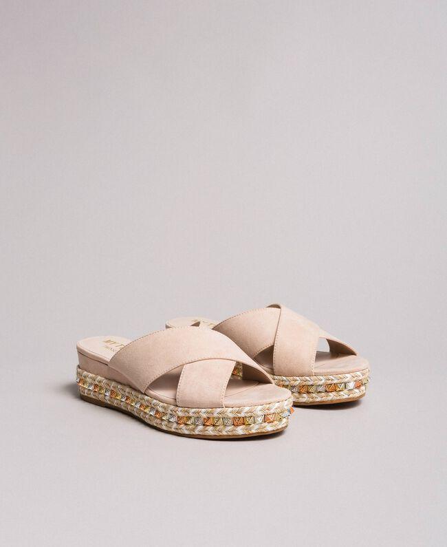 "Wildleder-Sandalen mit Nieten ""Surreal Pink"" Frau 191MCP136-01"