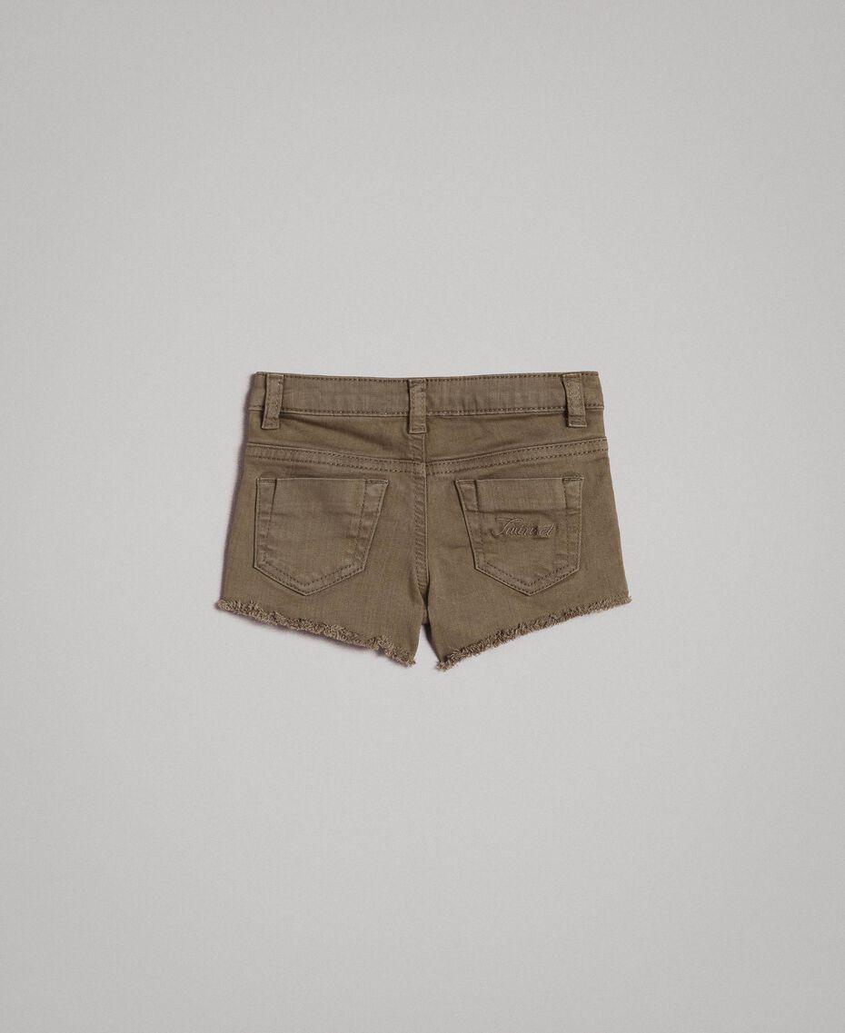 Pantalones cortos de bull elástico con encaje Verde Tundra Niño 191GB2060-0S