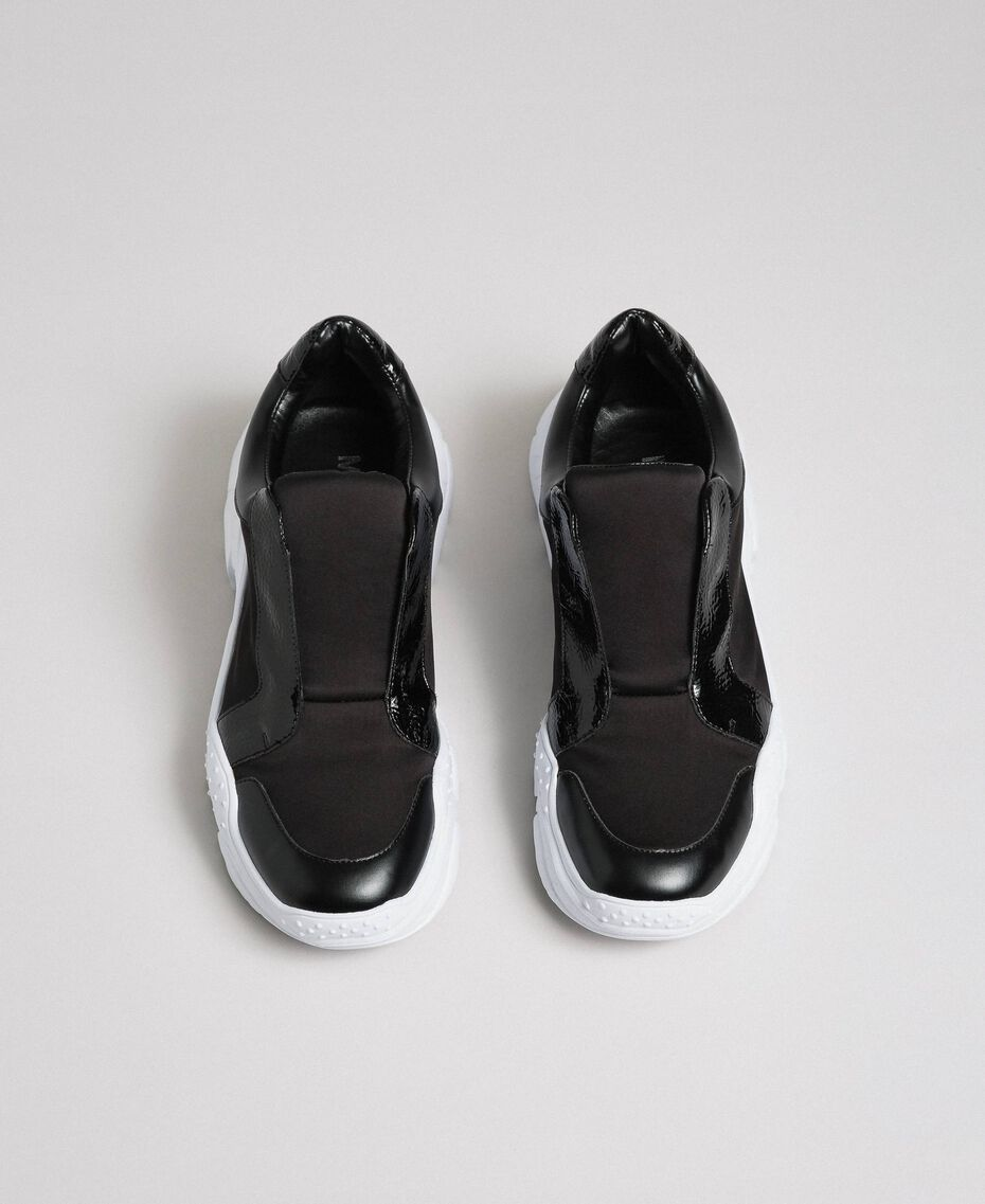 Faux leather running shoes with no laces Black Woman 192MCP06L-05