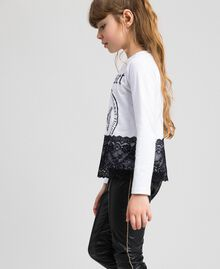 Printed T-shirt with lace Optical White / Black Child 192GJ2393-03