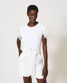 High-Waist-Shorts mit Gürtel Weiß Schnee Frau 211TT2330-01