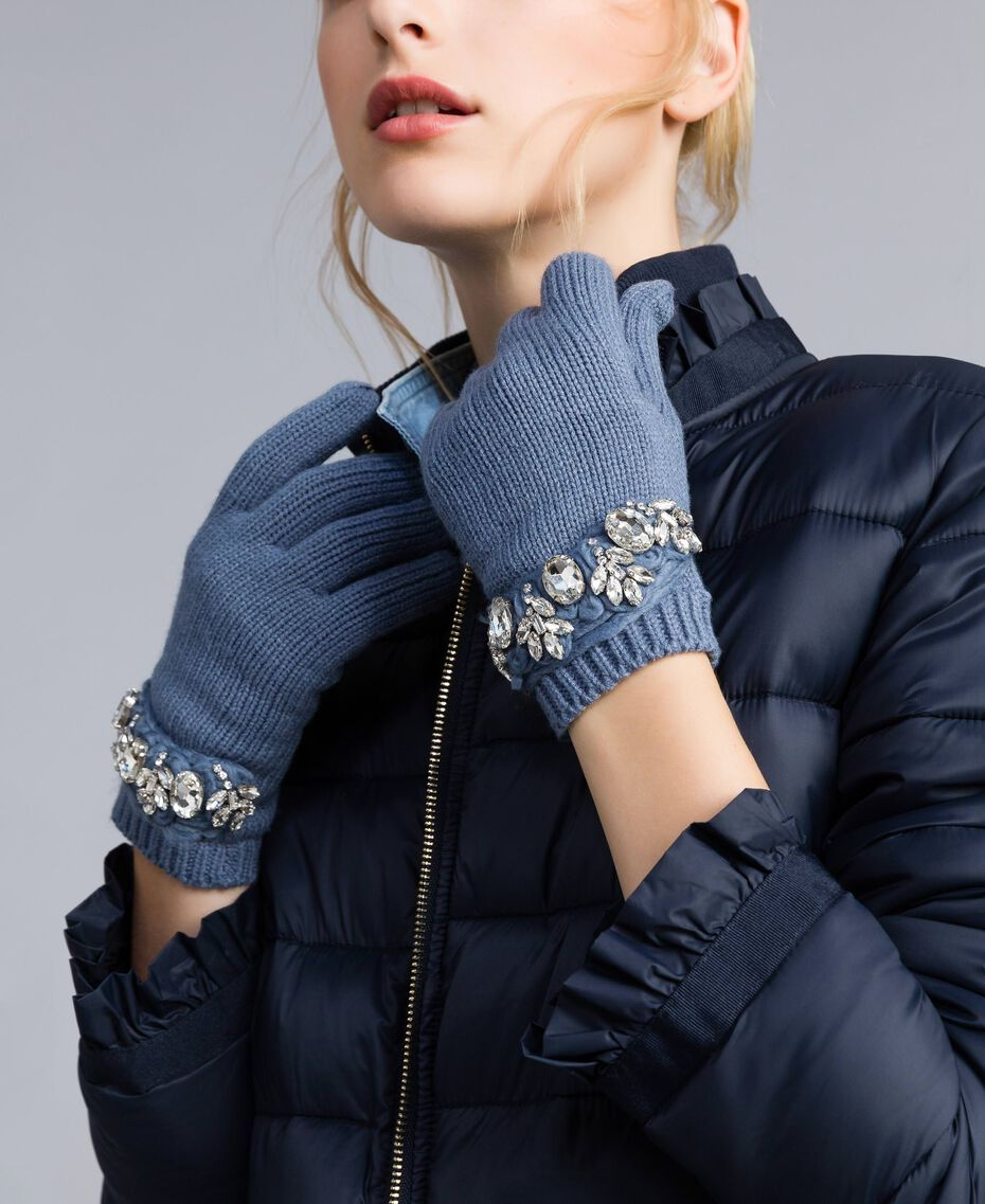 Embroidered knitted gloves with rhinestones Dusty Blue Woman AA8P5H-0S