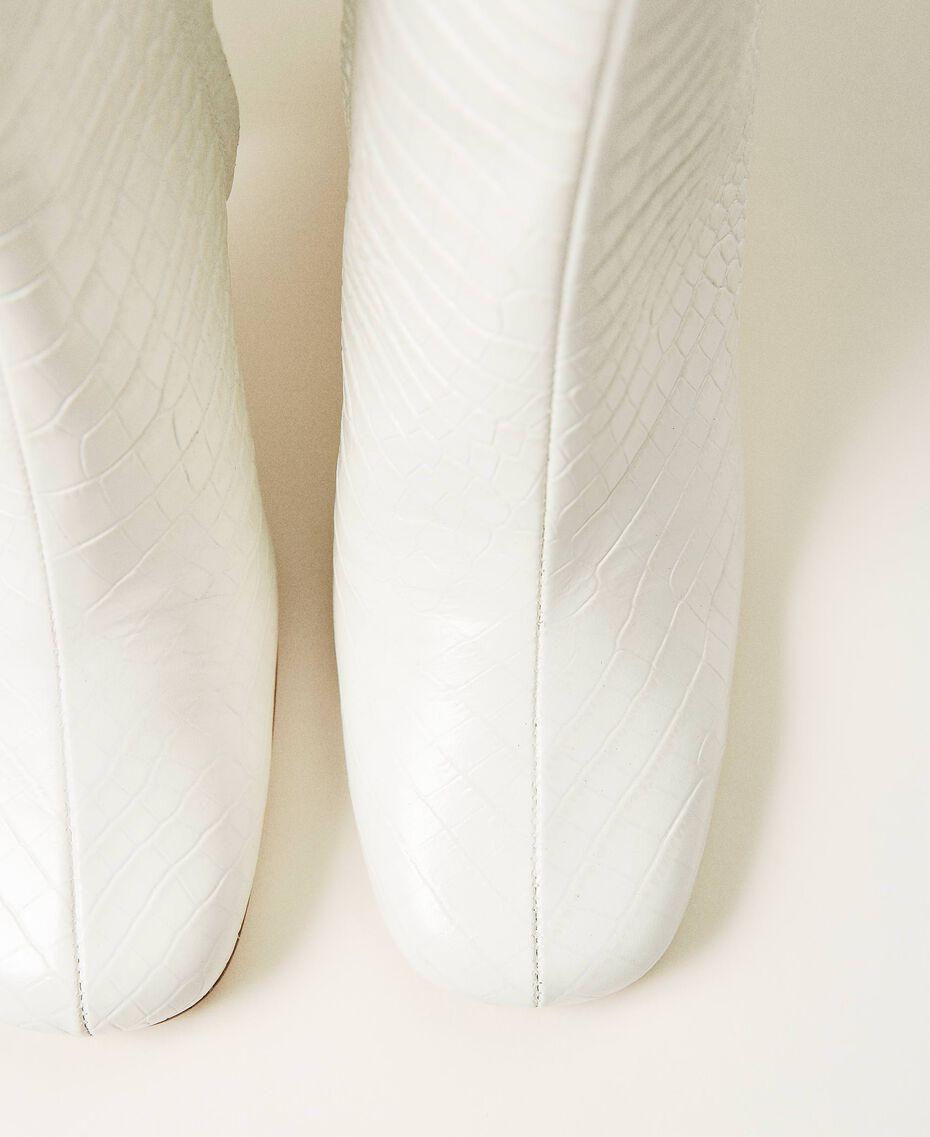 Stiefelette aus Leder in Kroko-Optik Print Kroko Schneeweiß Frau 202TCP074-03