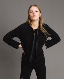 Sweatshirt mit Spitzendetails Schwarz Frau 191MP2324-01