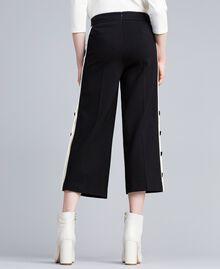 "Pantaloni cropped in punto Milano Bicolor Nero / Bianco ""Neve"" Donna PA821P-03"