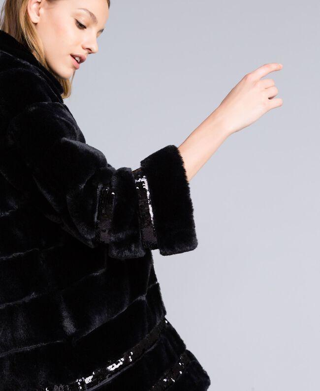 Mantel aus Pelzimitat mit Pailletten Schwarz Frau PA82KB-04