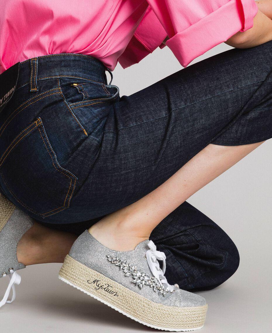 Mesh-Sneakers mit Steinen und Logo Silber / Nickel Frau 191MCP03G-0S