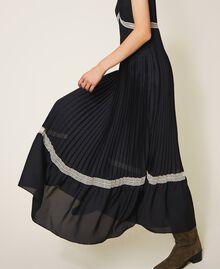 Длинное плиссированное платье с кружевом Черный женщина 202TP2133-03