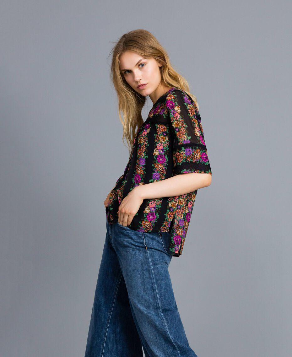 Floral print georgette blouse Flower and Black Stripe Print Woman TA82X4-02