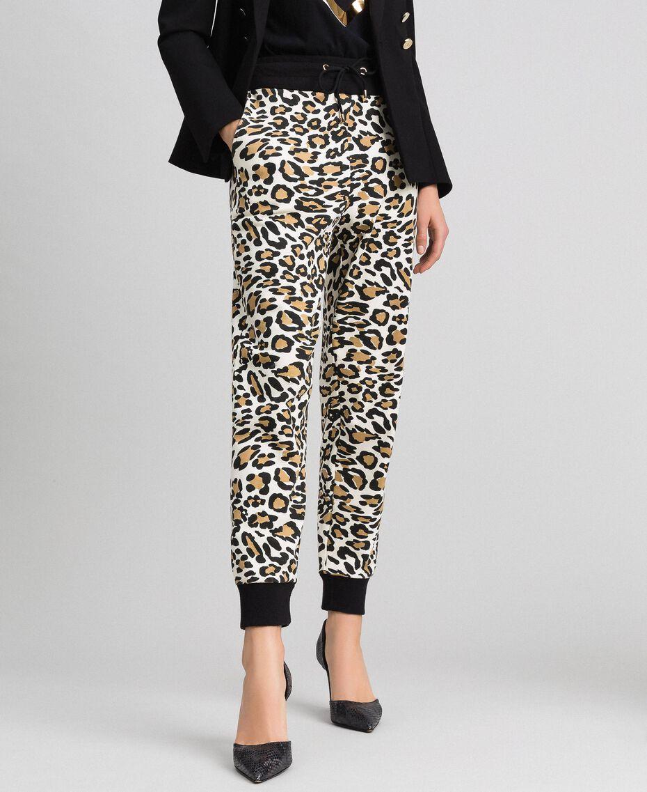 Pantalon de jogging avec imprimé animalier Imprimé Animalier / Noir Femme 192MP2390-02
