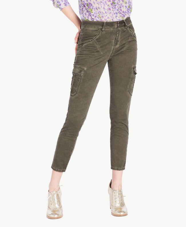 Pantalone cargo slim Verde Militare Donna PS82K4-01