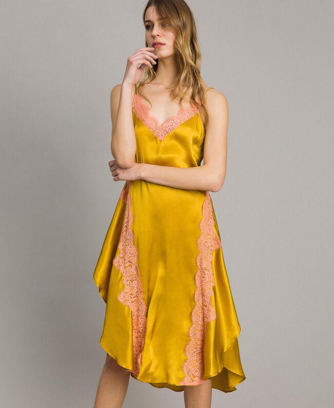 """Robe en soie et satin agrémentée de dentelle Bicolore Or """"Miel Doré"""" / Rouge """"Pomme Sauvage"""" Femme 191TT2090-02"""