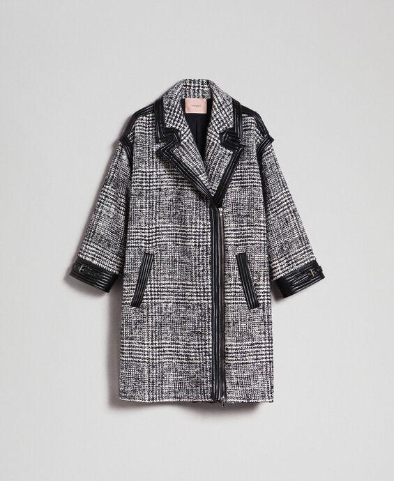 Пальто из сукна в виндзорскую клетку