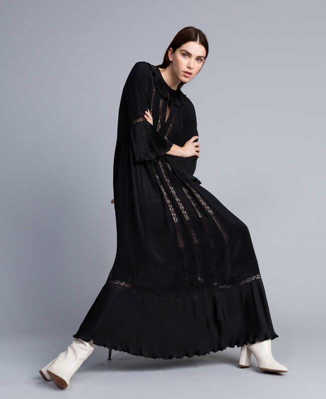 Long silk blend pleated dress Black Woman TA823N-01